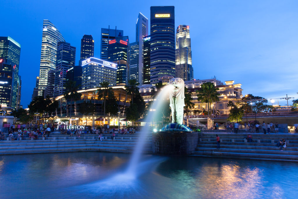 Merlion Park at dusk, Singapore