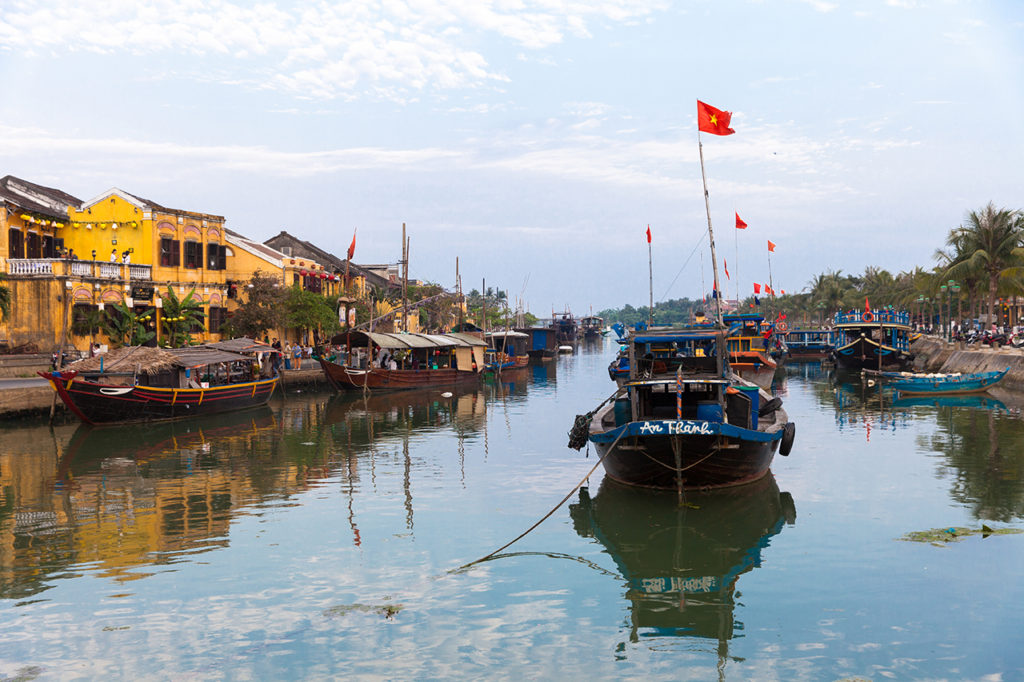 Hoi an, Vietnam: Boats on Thu Bon river