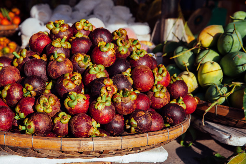 Fruits of Vietnam: Mangosteen (Mang Cut)